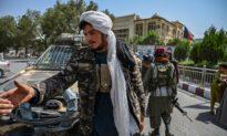 Facebook cấm nội dung ủng hộ Taliban - Twitter cho phép phát ngôn viên Taliban hoạt động