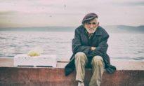 Vì sao nói: 'Đàn ông từ 45 đến 60 tuổi là giai đoạn rủi ro cao của cuộc đời'?
