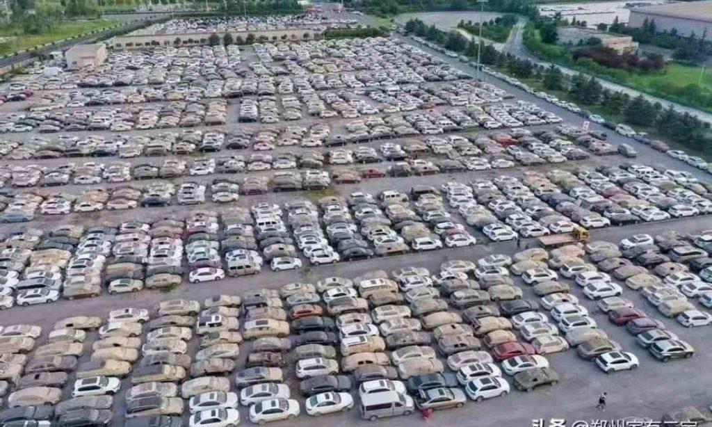 Lũ lụt Trịnh Châu: Chủ nhân 238.000 ô tô ở đâu - Điềm dữ rùng rợn đã báo trước