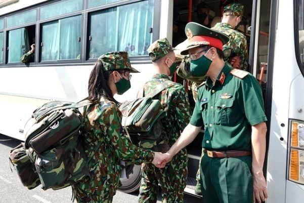 Hà Nội hỗ trợ 1.000 quân nhân, TP.HCM đề xuất Quân khu 7 tiếp viện 6.000 quân y, bác sĩ