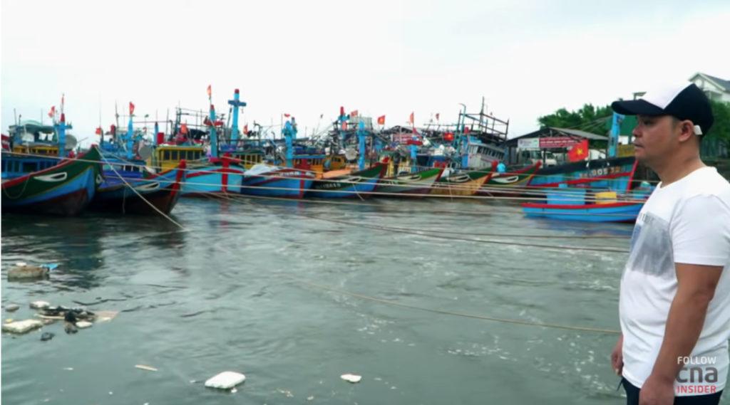 Mắc kẹt ở Biển Đông: Ngư dân Việt Nam, Philippines gian nan tìm sinh kế