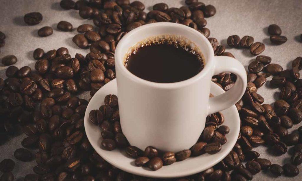Uống quá nhiều cà phê có thể làm teo não