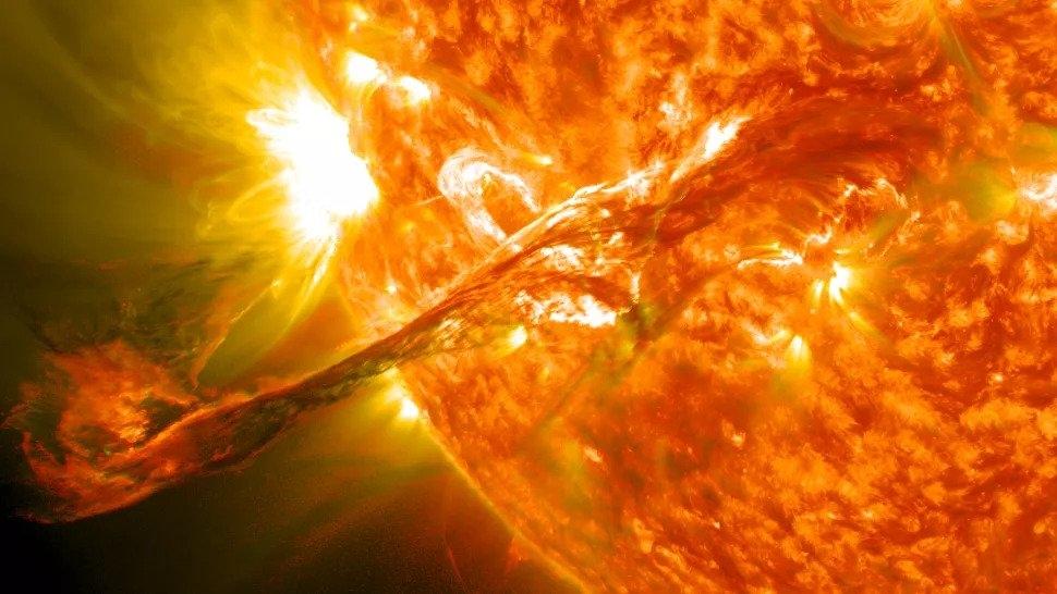 'Ngày tận thế Internet' có thể xuất hiện cùng với cơn bão Mặt trời tiếp theo, nghiên cứu mới cảnh báo