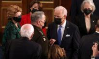 Ông Biden vẫn ủng hộ tướng Milley sau cáo buộc cuộc gọi 'phản quốc' với 'kẻ thù' Trung Quốc