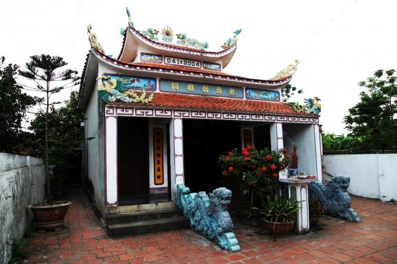 Thơ: Nữ anh hùng đất Việt - Lê Thị Hoa (1)