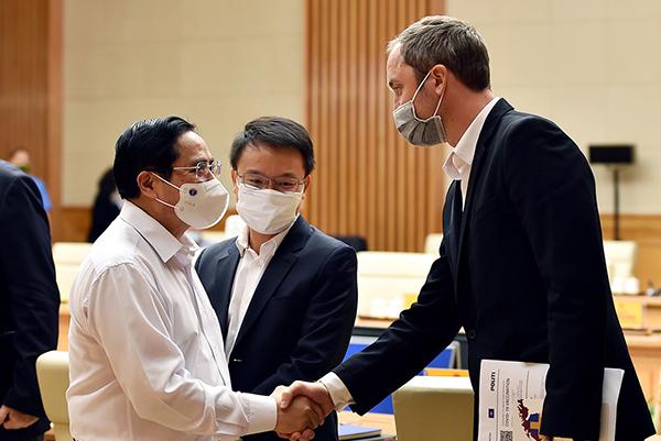 Chủ tịch EuroCham: Doanh nghiệp châu Âu có thể rời Việt Nam nếu tiếp tục giãn cách