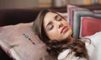 Cảnh giác với tình trạng chìm vào giấc ngủ quá nhanh khi vừa nằm xuống