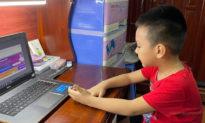 Hà Nội: Học sinh lớp 1 học trực tuyến tối đa 3 tiết/ngày