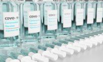 Đại học Oxford: Người tiêm vaccine đầy đủ bị nhiễm chủng Delta có tải lượng virus gấp 251 lần so với người chưa tiêm vaccine nhiễm chủng cũ