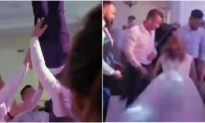 Video: Chú rể bị liệt nửa người sau trò 'tung hứng' của bạn bè trong đám cưới