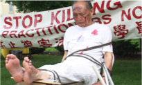 Cả gia đình bị giết trong cuộc đàn áp của ĐCSTQ, bé trai phải chịu cảnh mồ côi