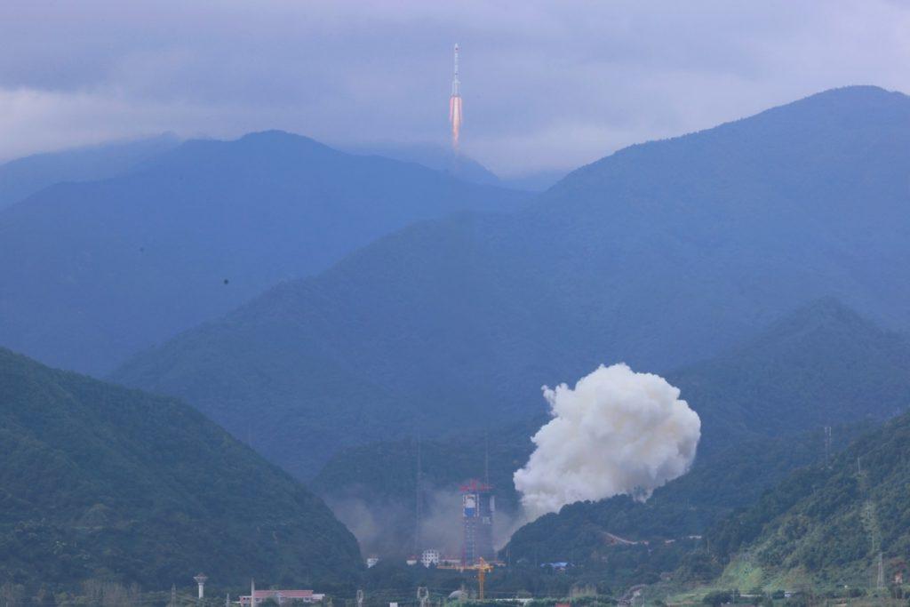 Vệ tinh Shiyan-10 của Trung Quốc bị hỏng trên quỹ đạo sau khi phóng thành công