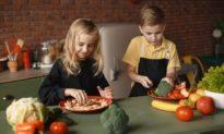 Nghiên cứu mới: Trẻ em ăn nhiều rau quả có sức khỏe tinh thần tốt hơn
