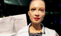 Sophia - công dân robot đầu tiên trên thế giới, muốn làm mẹ, xây dựng gia đình