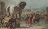 Đối mặt với số phận của con ngựa thành Troy: Bức tranh 'Cuộc rước ngựa thành Troy'