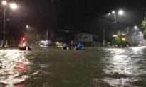 Mưa lũ ngập lụt nhiều nơi, hàng nghìn người dân Quảng Ngãi phải sơ tán