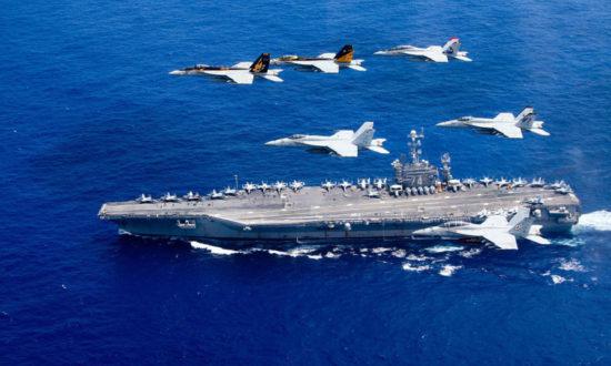 Trung Quốc lên án Mỹ và Canada đưa tàu chiến qua eo biển Đài Loan
